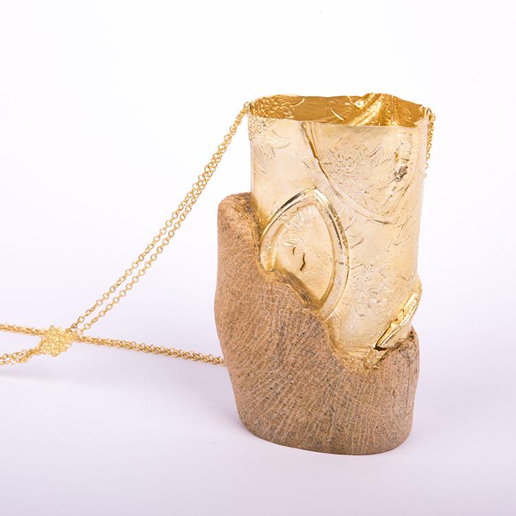 galerie door contemporary fine art and art jewellery jewelry Elwy Schutten