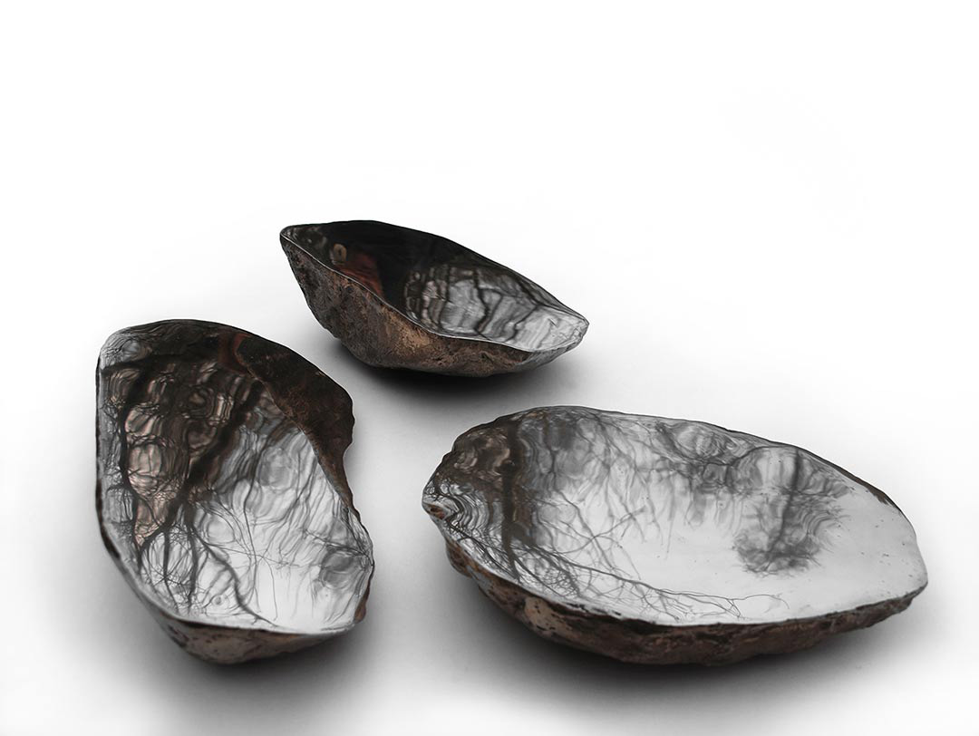 inette van wijck, mountain mirrors, 2012, object, bronze, nickel - photo: doreen timmers