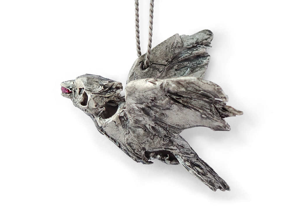 galerie door contemporary fine art and art jewellery Mielle Harvey bird with ruby
