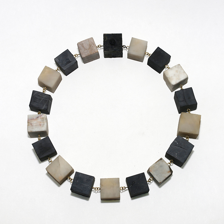 galerie door philip sagest contemporary jewellery moderne sieraden